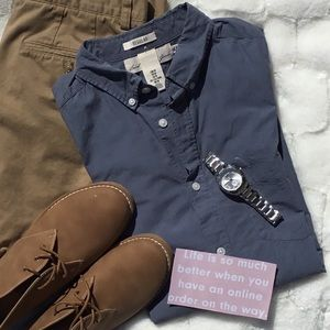 H&M Classic Gray Straight Fit Button Down Shirt
